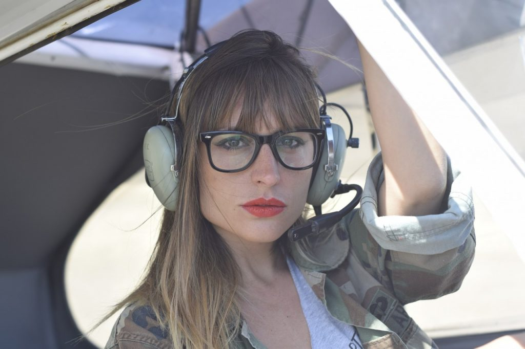 women in aviation- female pilot